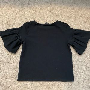 Express Puffy Sleeved Top